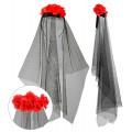 Στέκα με Κόκκινα Τριαντάφυλλα και Μαύρο Πέπλο
